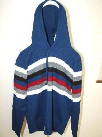 Vindem-stoc-pulovere-diverse-modele-si-culori