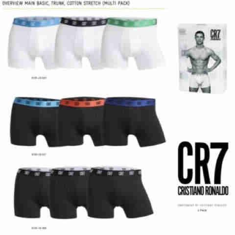 Boxeri-barbati-3-pack-si-sosete-Cristiano-Ronaldo-Cr7